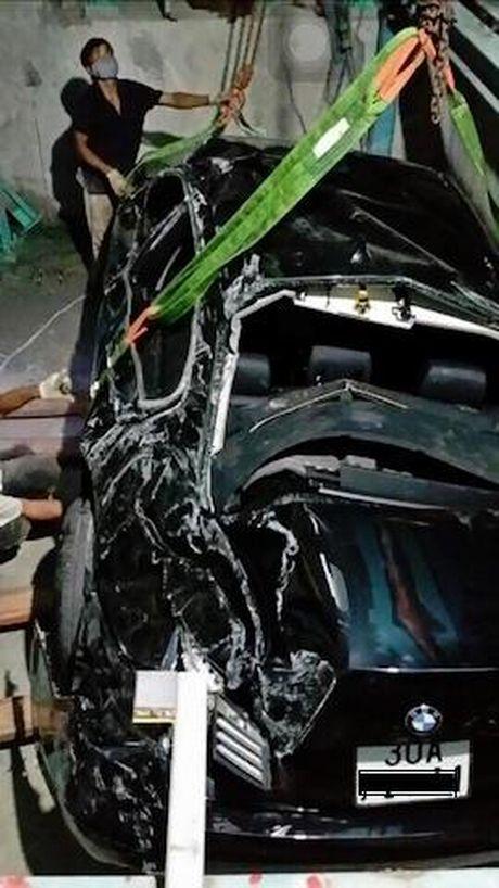 BMW tien ty roi nat trong nha de xe o Ha Noi - Anh 2