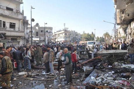 Danh bom kep o Syria, 122 nguoi thuong vong - Anh 1
