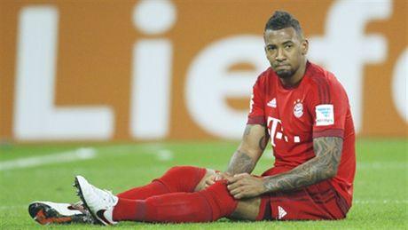 Bayern thong bao Jerome Boateng se nghi den cuoi mua - Anh 1