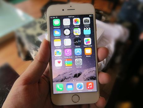 FPT Shop: iPhone 6 ban chay nhat nam 2015 - Anh 1