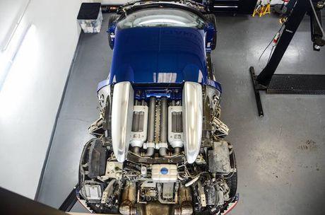 "Bugatti Veyron ""sieu manh, sieu doc"" cua dai gia A Rap - Anh 1"