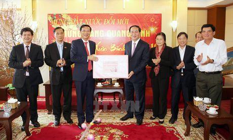 Cac vi lanh dao tham va chuc Tet tai tinh Ha Nam, Quang Ninh - Anh 2