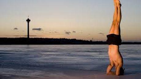Muon van tac dung cua tu the trong cay chuoi trong yoga - Anh 4