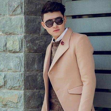 Hot boy hang khong dien trai, co phong cach thoi trang sanh dieu - Anh 10