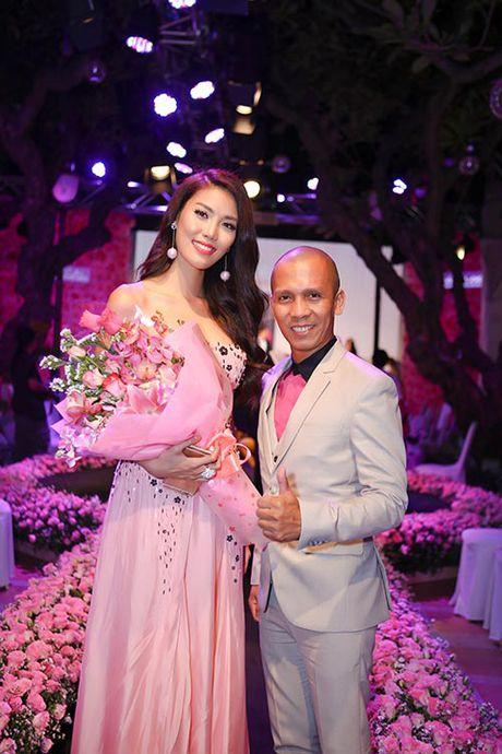 Linh Nga dep man ma, than thiet ben Minh Tam Bui - Anh 6