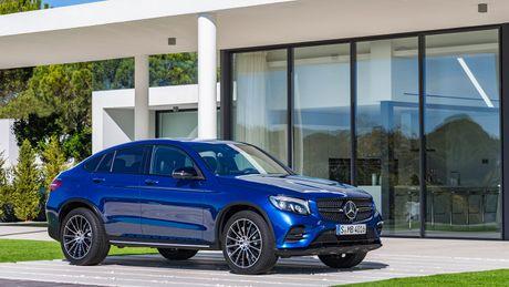 Mercedes them 200 cong viec co dinh de san xuat GLC Coupe - Anh 1