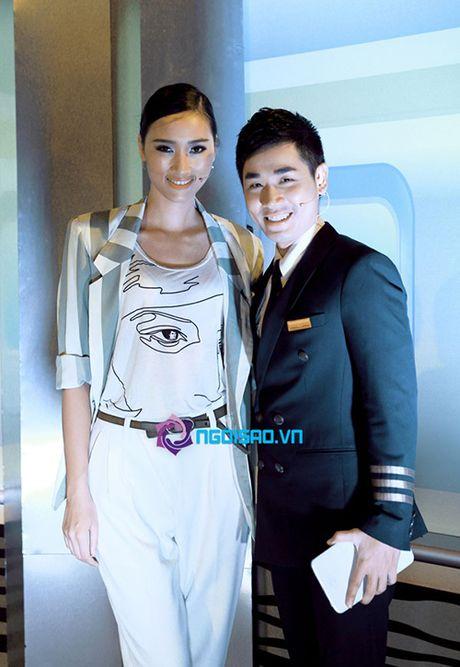 Nguyen Khang xin loi Trang Khieu sau su co khong biet co la ai - Anh 3