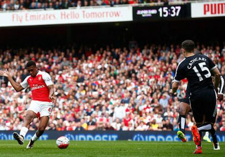 "Chi tiet Arsenal – Watford: Walcott ""dong dinh ti so"" (KT) - Anh 4"