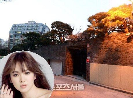 My nu 'Hau due mat troi' - Song Hye Kyo thuoc top sao Han co nha dat nhat - Anh 1