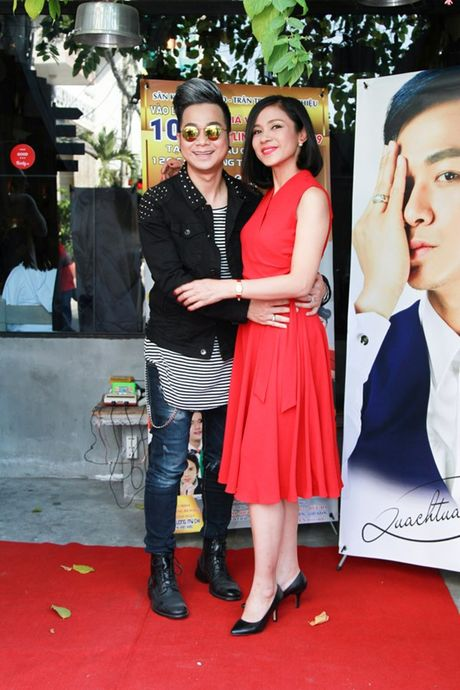 Viet Trinh den chuc mung Quach Tuan Du ra mat MV moi - Anh 1
