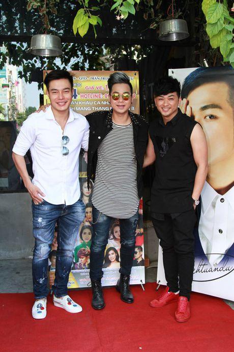 Viet Trinh den chuc mung Quach Tuan Du ra mat MV moi - Anh 3