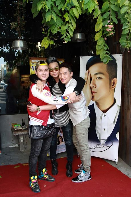 Viet Trinh den chuc mung Quach Tuan Du ra mat MV moi - Anh 5