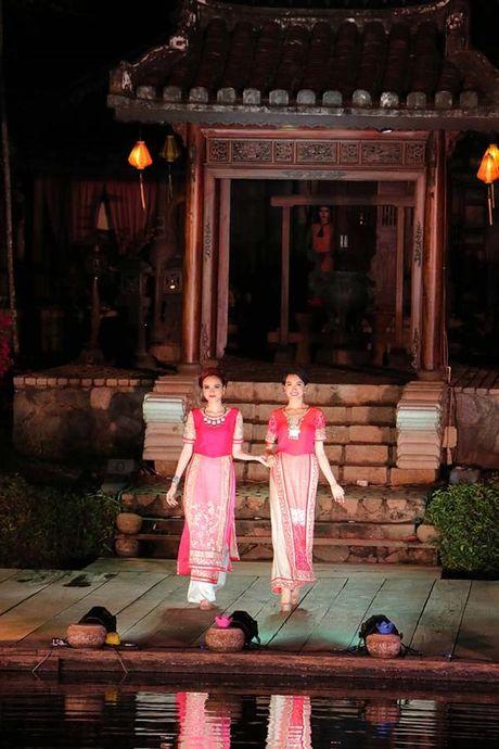 Vap nga trat chan, A hau Le Hang duoc Hoa hau Diem Huong diu di - Anh 5