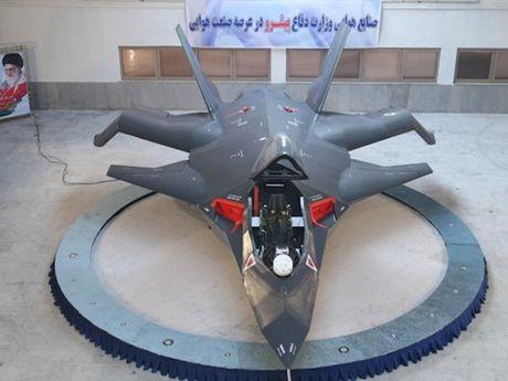 Dieu gi da xay ra voi may bay tang hinh Qaher F-313 cua Iran? - Anh 1