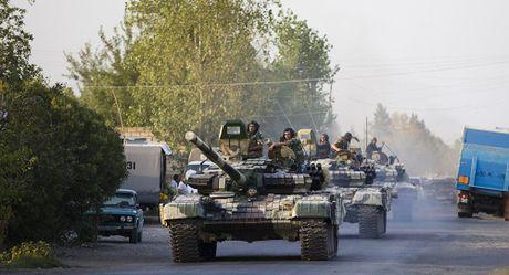 Azerbaijan chiem cao diem chien luoc, to Armenia ban ha truc thang giet 12 binh si - Anh 1