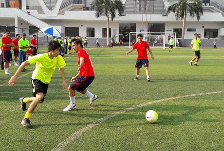 Hoi thao CNVCLD – Nike Cup mo rong lan 3 -2016: Soi noi, hao hung khai mac giai - Anh 10
