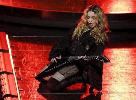 Madonna kien quan ly can ho rieng vi cac con bi cam ra vao - Anh 1