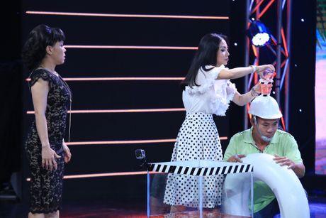 Viet Huong - Tran Thanh 'dan mat' nguoi choi game show - Anh 10