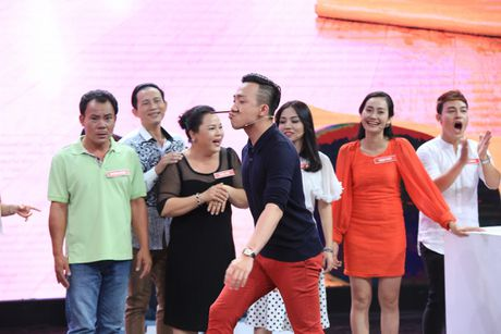 Viet Huong - Tran Thanh 'dan mat' nguoi choi game show - Anh 4