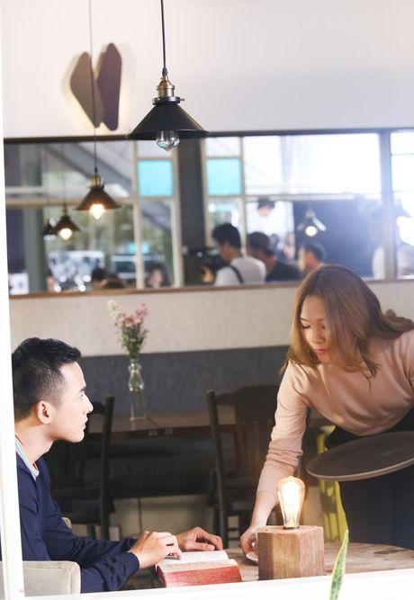 My Tam viet tiep chuyen tinh voi Luong The Thanh trong MV - Anh 2