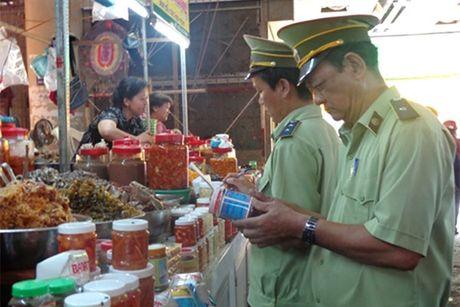 Phat 20 cong ty vi pham an toan thuc pham - Anh 1