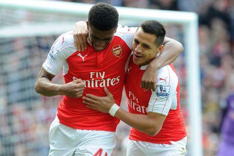 Arsenal 4-0 Watford: Sanchez – Iwobi toa sang, Arsenal niu giu hi vong xung vuong - Anh 1