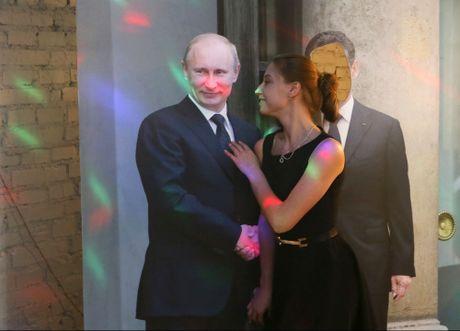 Quan ca phe Putin o Siberia - Anh 1