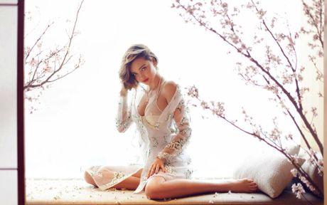 Miranda Kerr day me hoac voi noi y va vay trong suot - Anh 6