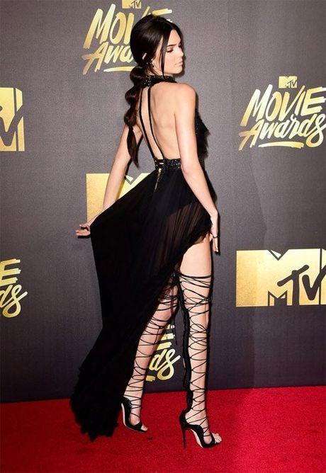 Bo suu tap giay day buoc tuyet dep cua Kendall Jenner - Anh 5