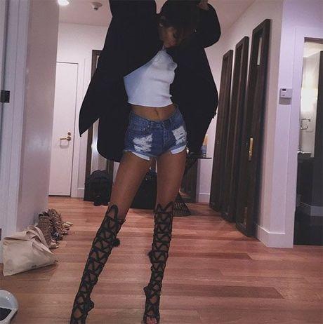 Bo suu tap giay day buoc tuyet dep cua Kendall Jenner - Anh 7