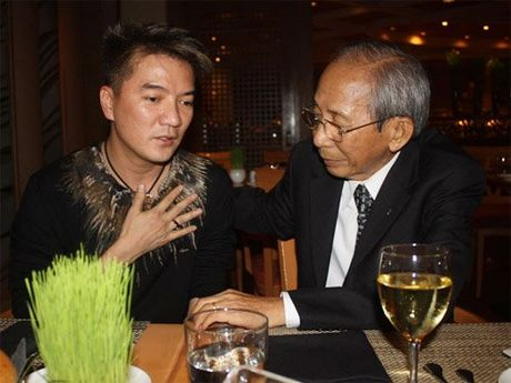 Nghe si bang hoang truoc su ra di cua Nguyen Anh 9 - Anh 2
