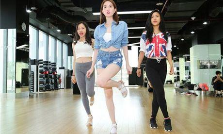 Ngoc Trinh xuat hien tai chung ket Vip Dance 2016 - Anh 1