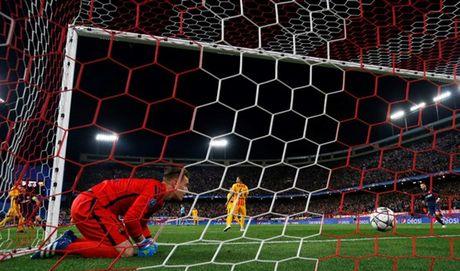 Barcelona bi Atletico Madrid da vang khoi Champions League - Anh 2