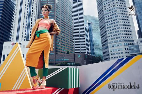 "Asia's Next Top Model: Thi sinh chu nha thang thung ""bat"" giam khao - Anh 4"