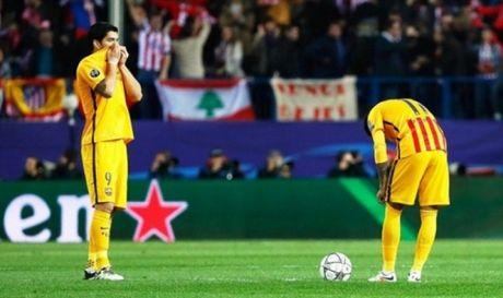 Atletico Madrid 2-0 Barcelona: Griezmann lap cu dup, Barca khong thoat duoc loi nguyen - Anh 2