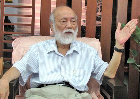 PGS Van Nhu Cuong: Bo thi HSG mon Su, Dia, viet lai sach giao khoa - Anh 1