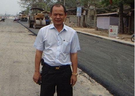 Chan dung 'de tu ruot' cua Minh 'Sam' sap hau toa - Anh 1