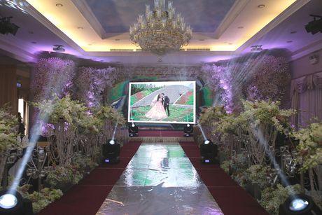 Khong gian cuoi ngap hoa cua Luong The Thanh, Thuy Diem - Anh 2