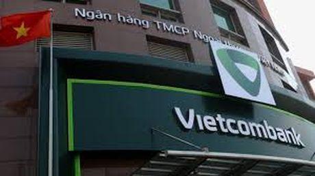 Vietcombank trien khai dich vu thanh toan hoc phi tai Dai hoc Ngoai thuong - Anh 1