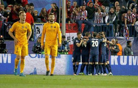 """Chum anh: Barca """"sa lay"""" o Vicente Calderon - Anh 10"""