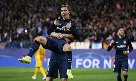 Atletico tien Barca khoi Champions League - Anh 1