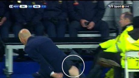 Benzema bo lo co hoi, HLV Zidane rach quan - Anh 1