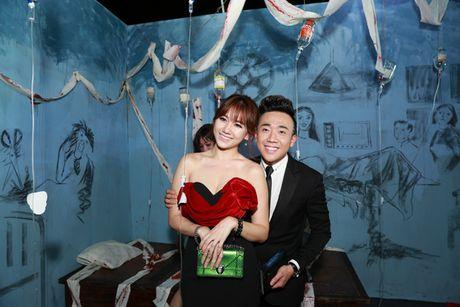Tran Thanh - Hari Won quan quyt ben nhau ra mat phim - Anh 3