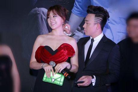 Cham soc Hari Won nhu 'bau vat', Tran Thanh bi nghi 'dien sau' - Anh 9