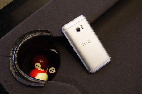 Xiaomi Mi5 bi HTC 10 doat ngoi vuong 'smartphone manh nhat' chi sau 1 dem - Anh 1