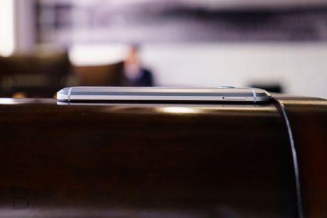 Xiaomi Mi5 bi HTC 10 doat ngoi vuong 'smartphone manh nhat' chi sau 1 dem - Anh 7