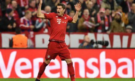 Lo ly do dac biet khien Lewandowski phai ngoi du bi tran gap Benfica - Anh 2