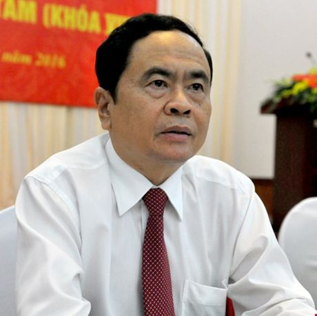 Phan cong them cong tac cho Uy vien Bo Chinh tri Truong Thi Mai - Anh 2
