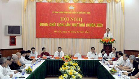 Phan cong them cong tac cho Uy vien Bo Chinh tri Truong Thi Mai - Anh 3