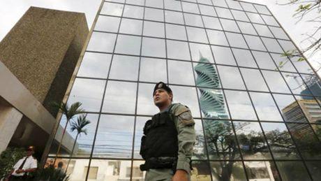 Panama kham xet tru so cong ty luat Mossack Fonseca - Anh 1